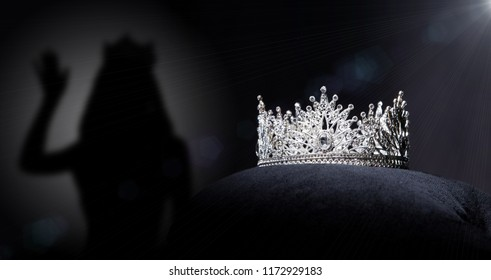 Tiara Images Stock Photos Amp Vectors Shutterstock