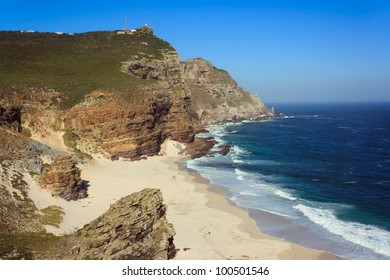 Dias Beach and the rugged cliffs between Cape Point and Cape of Good Hope, Table Mountain National Park, Cape Peninsula, Western Cape, South Africa.