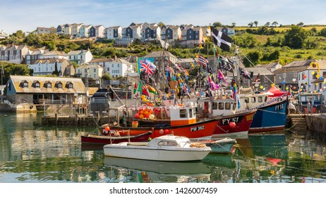 Die kleine Stadt Mevagissey in Cornwall. A colorful and idyllic little harbor with many fishing boats in the south of England.  6/25/2018, Mevagissey , UK, 4.33 p.m.