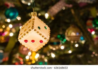 Die Ornament