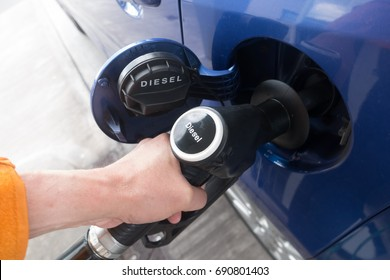 diesel fuel to car