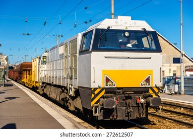 Diesel locomotive hauling a freight train at Besancon station - France