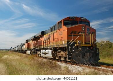 Diesel locomotives ES44DC-7435 and ES44DC-7302, Texas City, Texas, USA