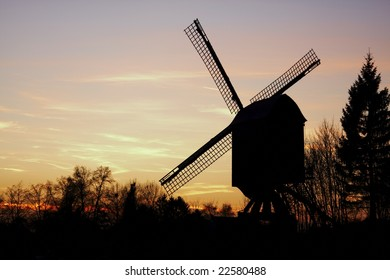 Diest - windmill during sunset - back view