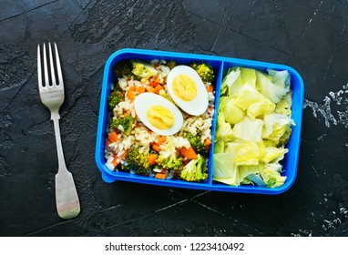 diet food in lunch box, fresh dinner food