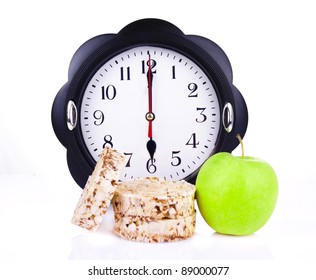 dietetic loaves from bran and germ of wheat with green apple