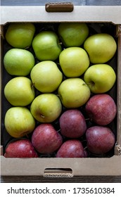 different kinds of green and red apples