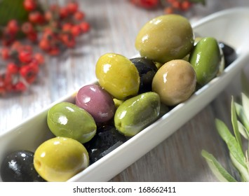 different olive fruits