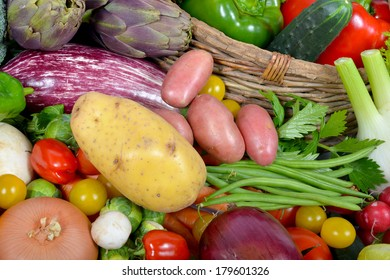 different seasonal vegetables market