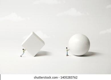 unterschiedlicher Strategievergleich; das einfache, bessere, surreale Minimalkonzept