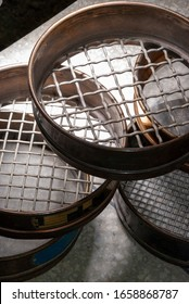 different types of sieves for the quality analysis of concrete aggregates