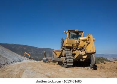digger digging outdoor