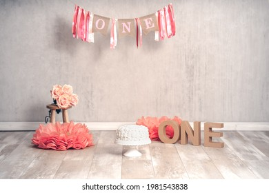 Digital background for cake smash and first birthday with white cake