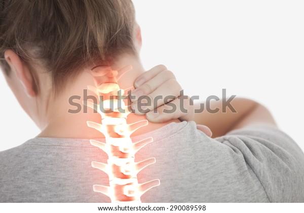 突出脊椎的女人頸部疼痛的數碼複合材料
