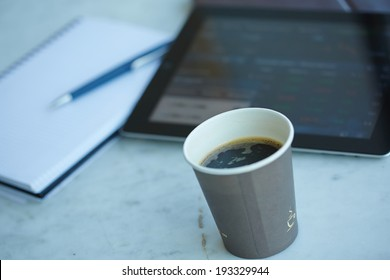 Digital tablet pc on business desk