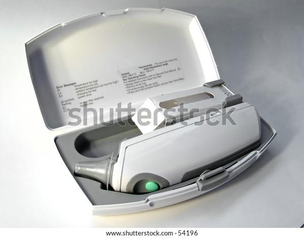 Digital tempermeter in case