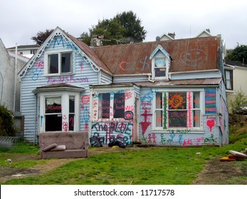 Dilapidated studen rental property, Dunedin, New Zealand