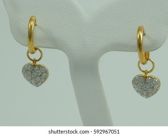 dimond earring gold with heart pandant