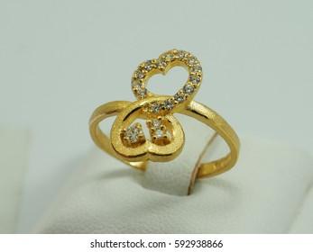dimond gold ring