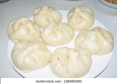 Dimsum: siopao and siomai with chili garlic sauce