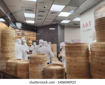 Din Tai Fung  chefs make dim sum at the famous restaurant.One of the world's Top 10 Best Restaurants.2019/5/23 in Taichung City,Taiwan