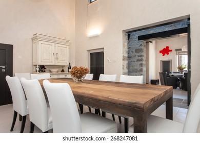dining room in an modern villa