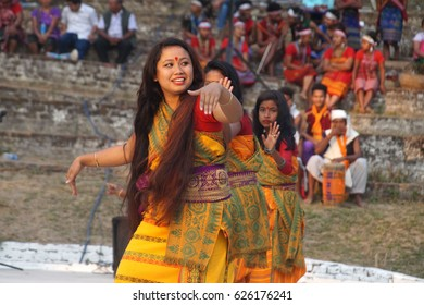 Diphu, Assam, India. 16th February 2017. Bodo tribal people in their traditional outfit dance during 43rd Karbi Youth Festival 2017, the oldest and largest ethnic festival in the North East India.