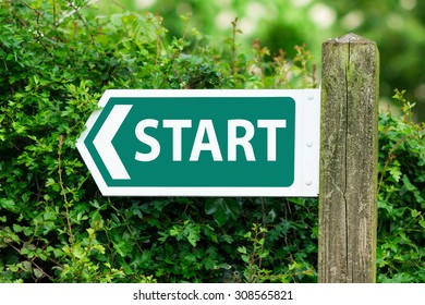 Direction Arrow, Sign To Start in Green Color.
