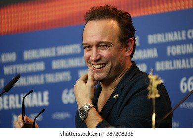 Director Vincent Perez attends the 'Alone in Berlin' (Jeder stirbt fuer sich) press conference during the 66th Berlinale Film Festival Berlin at  Hyatt Hotel on February 15, 2016 in Berlin, Germany.