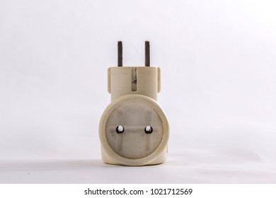 Dirty old electric tee socket top view