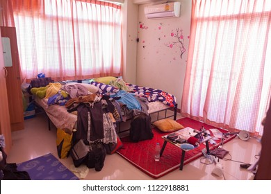 Dirty student room.