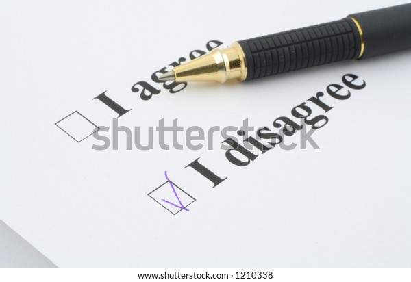 """I disagree, focus is set on the """"I disagree"""" check box"""