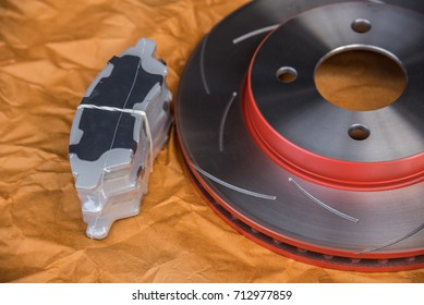 Disc brake 4/100 PDC. 4H. and brake pads it's a part of car use for stop the car this a new spare part for repair at car garage