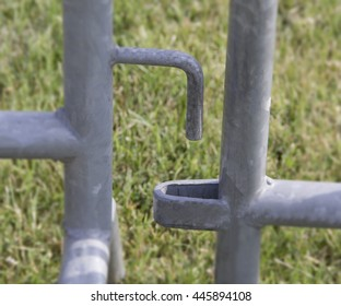 Disconected demonstration fence