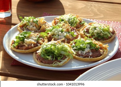 dish with Mexican sopes