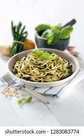 dish trenette with pesto, recipe trenette with pesto, dish pasta with pesto genovese