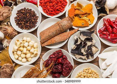 dishes prepared with medicinal herbs Chinese medicine