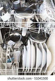 Dishwasher with clean gods