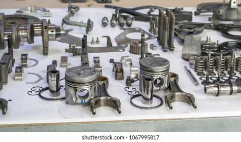 To dismantle for repair old diesel engine