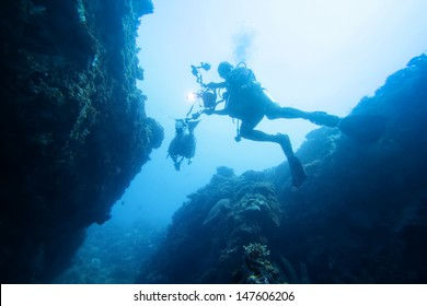 dive into cave