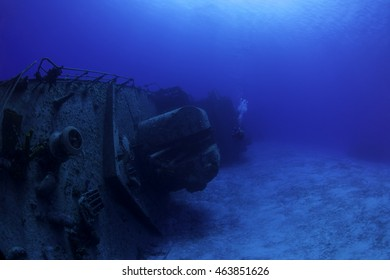 Diver with the Tibbetts on its side