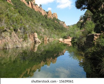 Diverse images of the Massif of Esterel, in the VAR