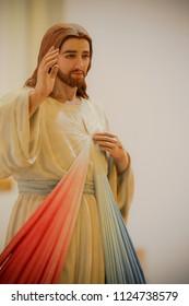 Divine Mercy of Jesus Christ Statue