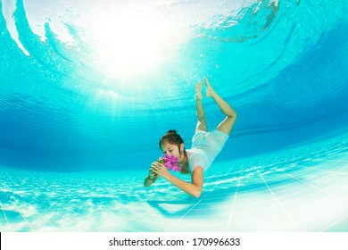 diving girl with flowers