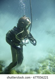 Diving with a vintage diving suite