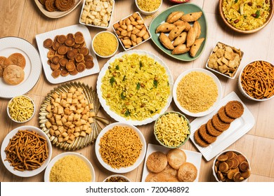 Diwali sweet and salty snacks / food items from Maharashtra, India