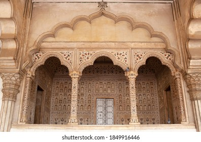 Diwan-i-Am, Hall of Public Audience in Red Fort of Agra. It was the main residence of the emperors of the Mughal Dynasty until 1638.