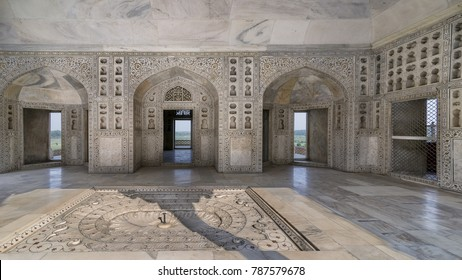 The Diwan-i-Khas or Hall of Private Audience, Agra Fort, Agra, Uttar Pradesh, India