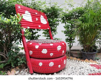 DIY (do It Yourself) chair from expired tires