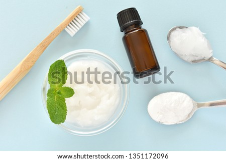 Diy natural toothpaste with baking soda, coconut oil, mint essential oil, no waste